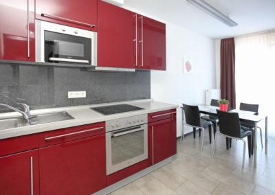 Küche in Ferienwohnung Köln